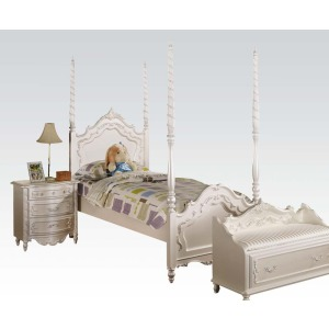 Twin Post bed