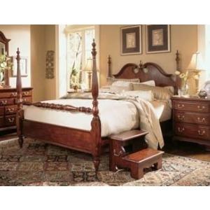Low Poster Queen Bed