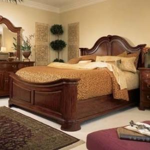 Mansion Queen Bed