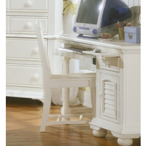 Cottage Traditions Youth Desk Chair