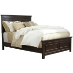 Alexee California King Panel Bed
