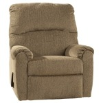 Pranit - Cork Zero Wall Recliner