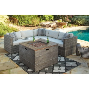 Peckham Park Outdoor Sectional and Fireplace