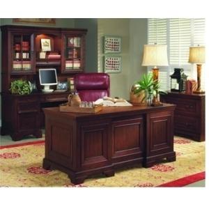 Richmond 66-in Executive Desk
