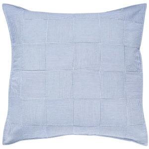 Throw Pillows & Throws