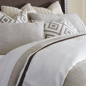 Iven Coverlet