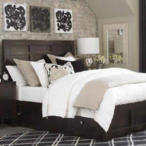 Ruched Ivory Quilt