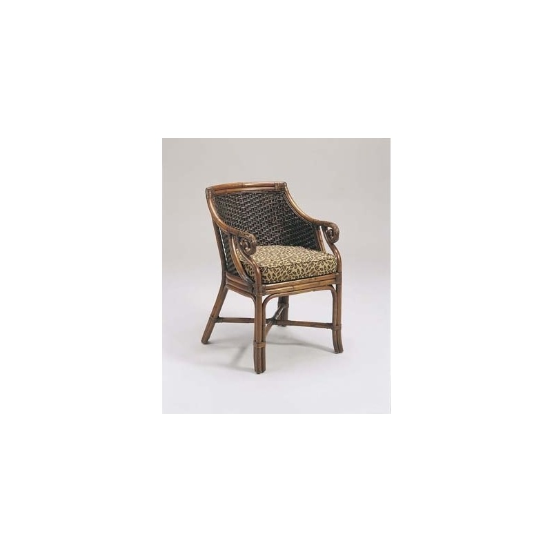 1020-001 Wicker Chair Empress