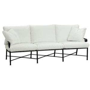 Sofa w/ Loose Cushions & Two Pillows (21\
