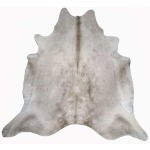 Natural Cowhide - Champagne 6' x 8'