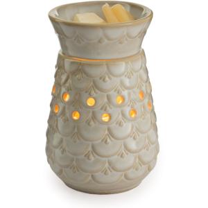 Scalloped Vase Midsize Illumination Warmer