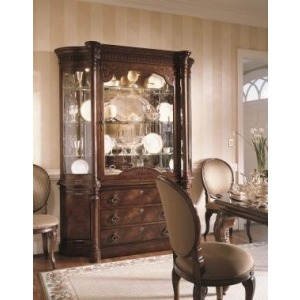 Century Classics Collection COVENT GARDEN CHINA CABINET