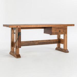 """Tiago 72"""" Desk"""
