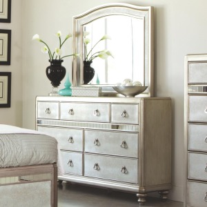 Bling Game Dresser with 7 Drawers and Stacked Bun Feet and Mirror Set