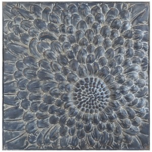 Embossed Metal Wall Dcor w/ Flower