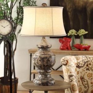 Antique Corbel Table Lamp