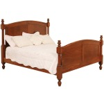 Classic Queen Post Bed w/Standard Height Footboard
