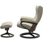 Wing (S) Signature chair with footstool