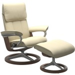 Admiral Medium Signature Chair w/footstool