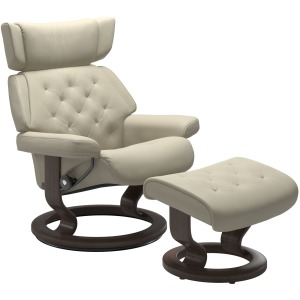 Skyline (L) Classic chair with footstool