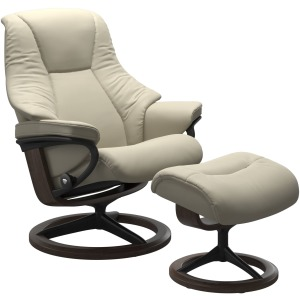 Live (L) Signature chair with footstool