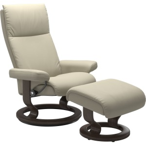 Aura (L) Classic chair with footstool
