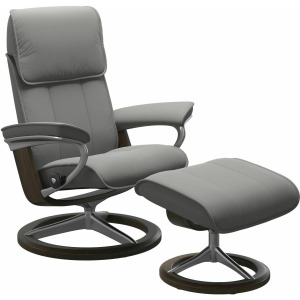 Admiral (M) Signature Chair with Footstool - Paloma Silver Grey w/Wenge