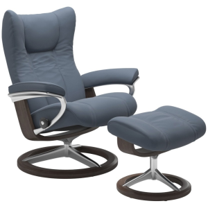 Wing Small Signature Chair w/Footstool