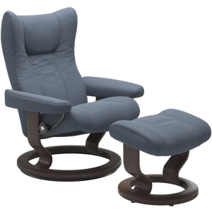Wing Medium Classic Chair w/Footstool