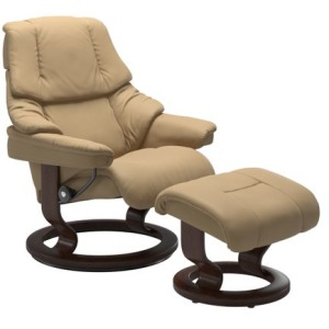 Reno Medium Classic Chair w/Footstool
