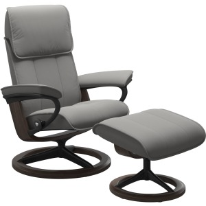 Admiral (L) Signature Chair with Footstool - Paloma Silver Grey w/Wenge