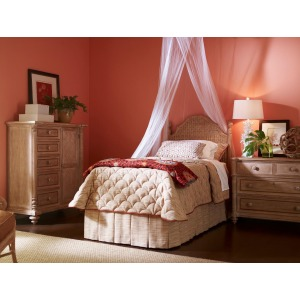 Palm Island Guesthouse Woven Twin Bed