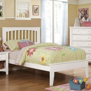 Pine Brook Full Bed - White