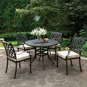 Chiara II Round Patio Dinning Table