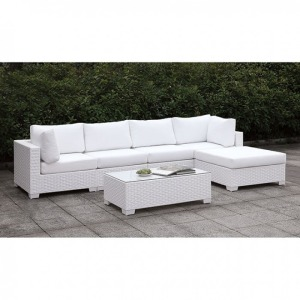 Somani II L-Sectional w/Right Arm Chaise & Coffee Table