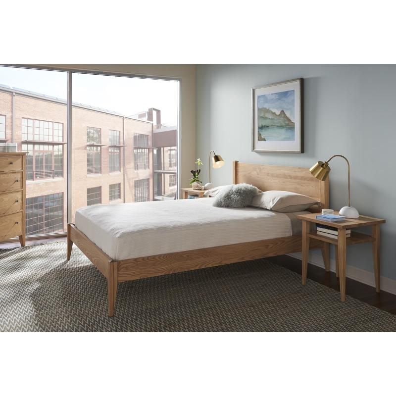 Mitchell Platform Bed - Queen Lifestyle Image
