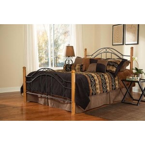 Winsloh Queen Bed Set