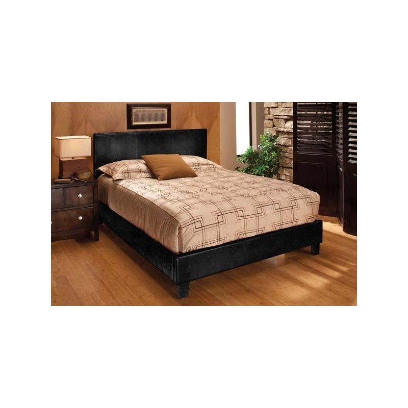 Harbortown Black Cal King Bed Set