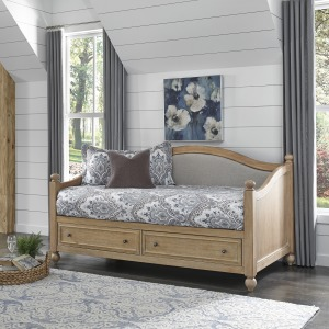 Claire Daybed