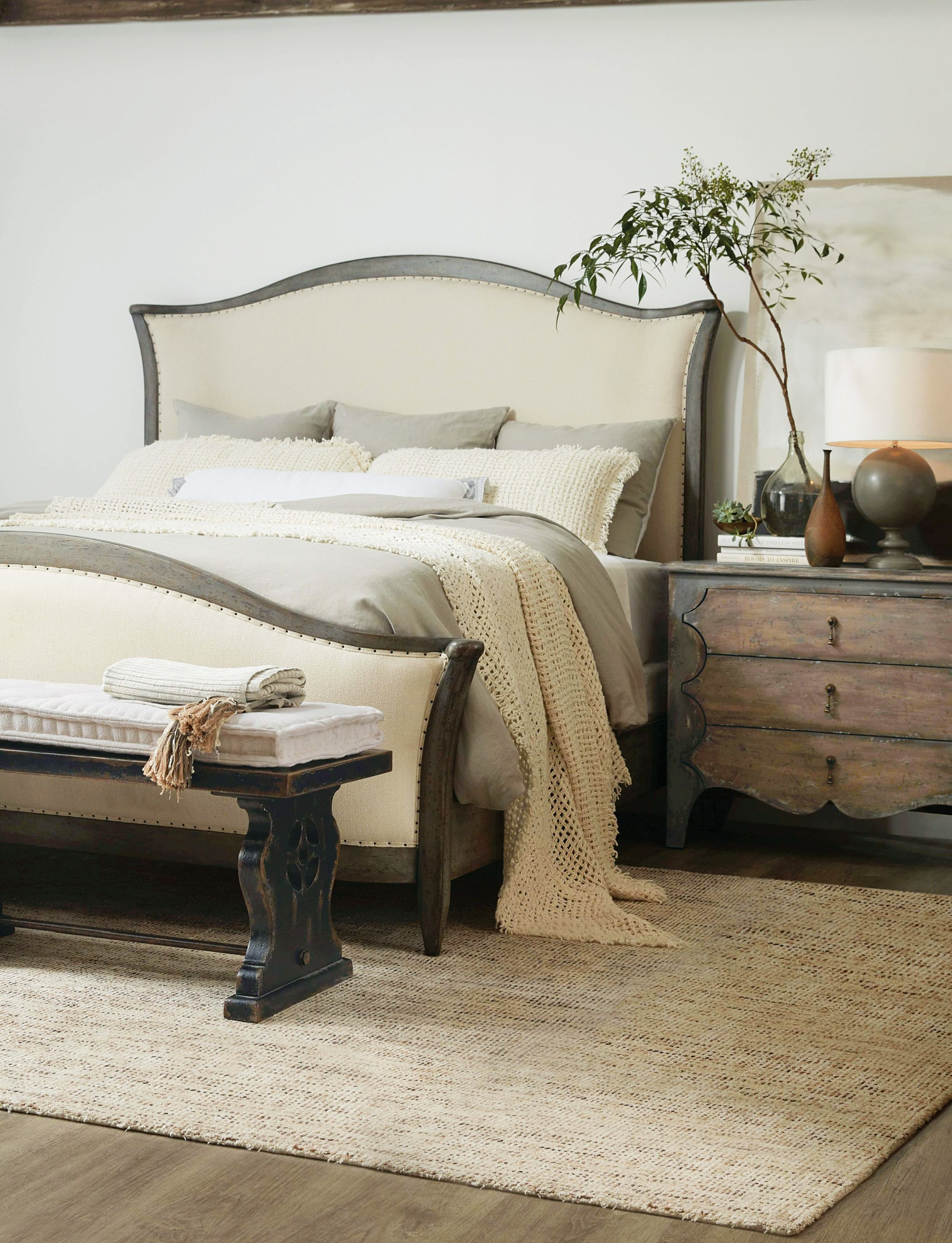 Ciao Bella Queen Upholstered Bed Speckled Gray By Hooker Furniture 5805 90850 96 Riley S Furniture Mattress