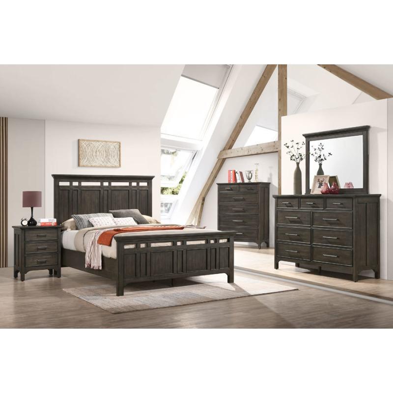 queen-standard-bed-room-scene.jpg