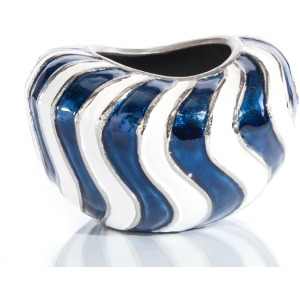 8X11 Waves Of Blue And White Vase