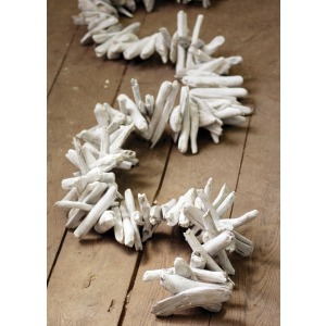 White-Washed Driftwood Garland