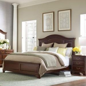 Hadleigh Panel Queen Bed