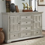 Big Valley 2 Door 6 Drawer Dresser