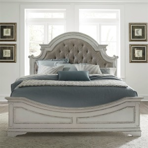 Magnolia Manor King Upholstered Bed