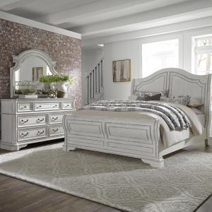 Magnolia Manor Queen Sleigh Bed, Dresser & Mirror