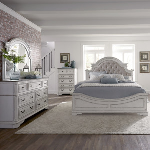 Magnolia Manor Queen Uph Bed, Dresser & Mirror, Chest