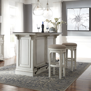 Magnolia Manor 3 Piece Bar Set