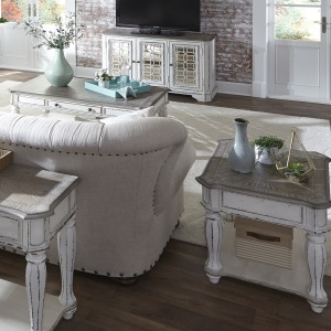 Magnolia Manor 3 Piece Set (1-Cocktail 2-End Tables)